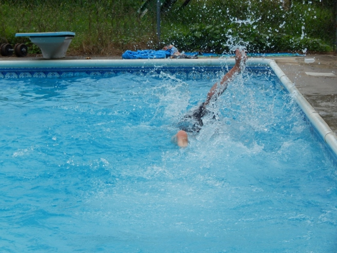 -Allison(pool) 094 (1024x768)
